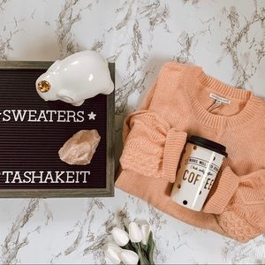 Sweaters - 𝓈𝓌𝑒𝒶𝓉𝑒𝓇𝓈